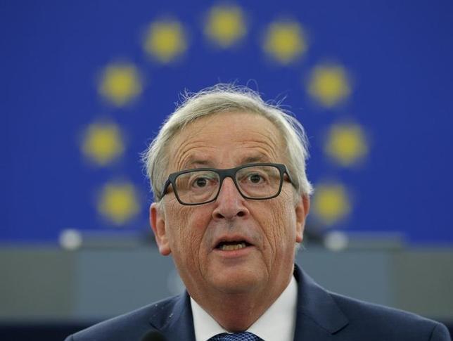9月14日、欧州委員会のユンケル委員長が、欧州議会で施政方針演説を行った。写真はストラスブールで同日撮影(2016年 ロイター/Vincent Kessler)