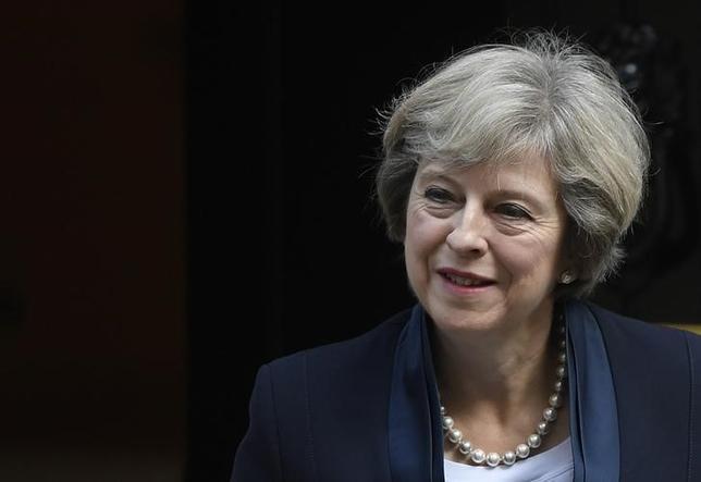 9月15日、英国のメイ首相は、フランスの電力公社EDFが主導し、中国企業が出資する原子力発電所建設計画の着工を条件付きで承認した。写真はロンドンで14日撮影(2016年 ロイター/Toby Melville)