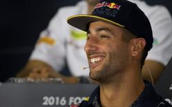 Red Bull's Daniel Ricciardo of Australia speaks at a news conference ahead of the Singapore F1 Grand Prix Night Race in Singapore, September 15, 2016. REUTERS/Jeremy Lee