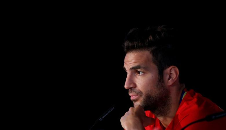 Football Soccer - Euro 2016 - News Conference - Complexe Sportif Marcel Gaillard, Saint Martin de Re, France - 18/6/16 - Spain's Cesc Fabregas attends a news conference. REUTERS/Albert Gea
