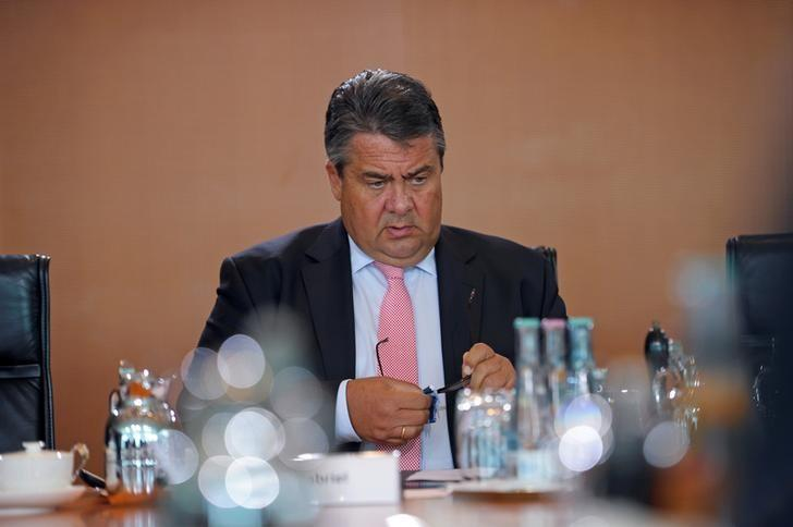 German Economy Minister Sigmar Gabriel attends a cabinet meeting at the Chancellery in Berlin, Germany August 31, 2016. REUTERS/Stefanie Loos