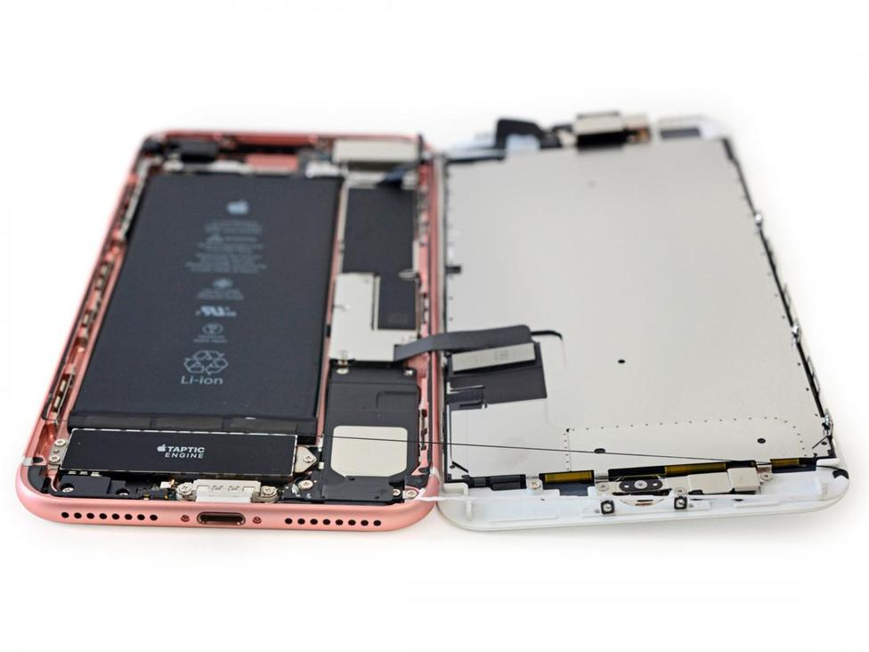 Inside the iPhone 7