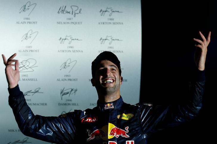 Formula One - F1 - Singapore Grand Prix - Marina Bay, Singapore- 18/9/16 Red Bull's Daniel Ricciardo of Australia celebrates second place. REUTERS/Jeremy Lee
