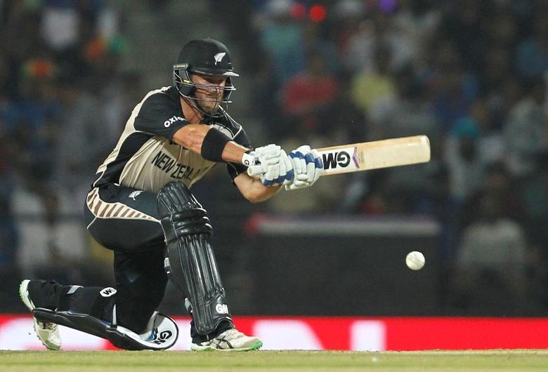 Cricket - New Zealand v India - World Twenty20 cricket tournament - Nagpur, India, 15/03/2016. New Zealand's Corey Anderson plays a shot. REUTERS/Danish Siddiqui