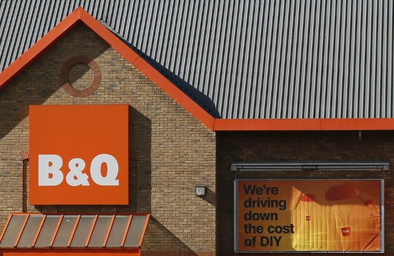 A B&Q store is seen in London March 31, 2015. REUTERS/Stefan Wermuth