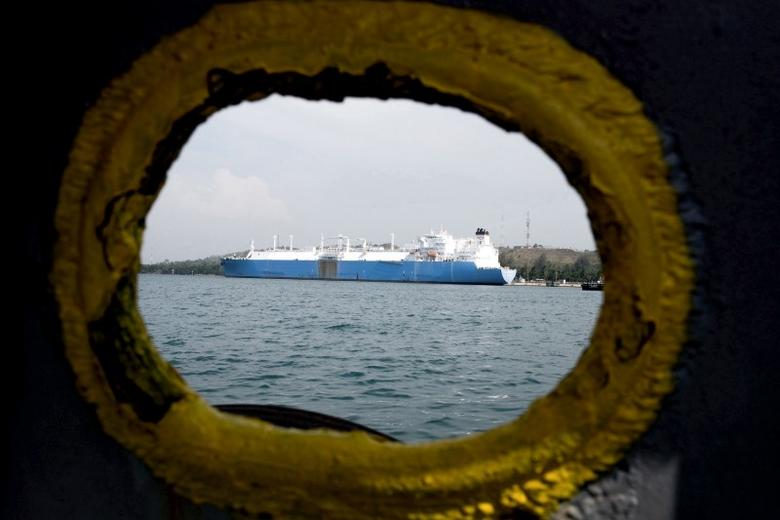 A vessel delivers a cargo of Liquefied Natural Gas (LNG) to the Arun regasification terminal in Lhokseumawe, North Aceh June 25, 2015 in this photo taken by Antara Foto. M Agung Rajasa Antara Foto