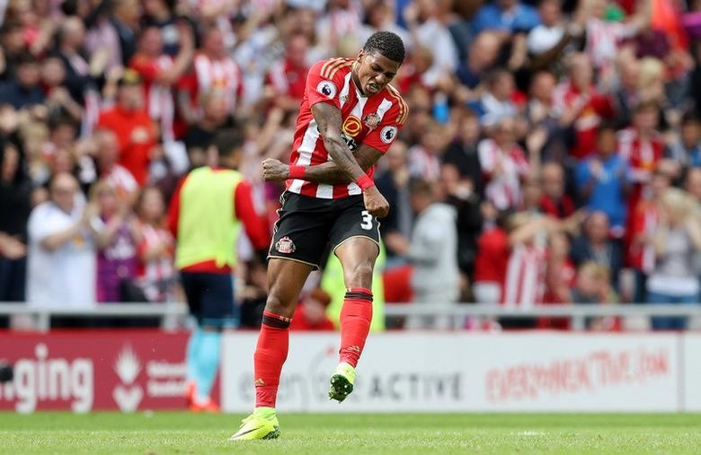 Britain Soccer Football - Sunderland v Middlesbrough - Premier League - Stadium of Light - 21/8/16Sunderland's Patrick van Aanholt celebrates scoring their first goal Reuters / Russell CheyneLivepic