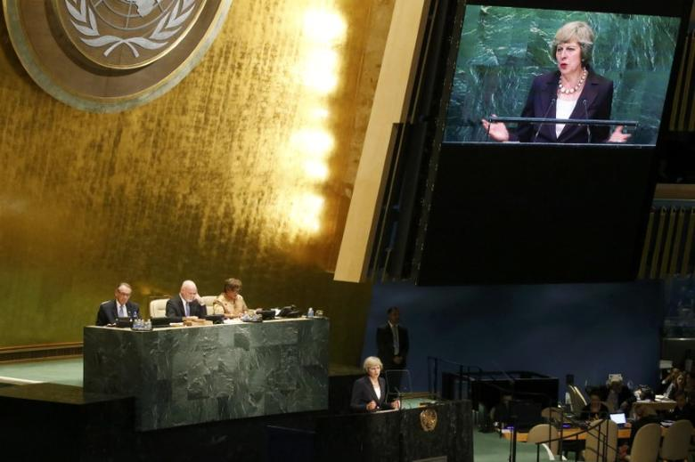 British Prime Minister Theresa May addresses the 71st United Nations General Assembly in Manhattan, New York, U.S. September 20, 2016. REUTERS/Carlo Allegri