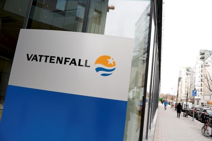 Vattenfall logo is seen on its headquaters in Stockholm, Sweden April 18, 2016.   REUTERS/Pontus Lundahl/TT News Agency/File Photo   ATTENTION EDITORS - THIS IMAGE WAS PROVIDED BY A THIRD PARTY. FOR EDITORIAL USE ONLY. NOT FOR SALE FOR MARKETING OR ADVERTISING CAMPAIGNS. THIS PICTURE IS DISTRIBUTED EXACTLY AS RECEIVED BY REUTERS, AS A SERVICE TO CLIENTS. SWEDEN OUT. NO COMMERCIAL OR EDITORIAL SALES IN SWEDEN. NO COMMERCIAL SALES         GLOBAL BUSINESS WEEK AHEAD PACKAGE - SEARCH 'BUSINESS WEEK AHEAD APRIL 25'  FOR ALL IMAGES