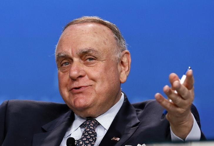 Leon G. Cooperman Chairman, Omega Advisors, speaks on a panel discussion at the annual Skybridge Alternatives Conference (SALT) in Las Vegas May 9, 2013.  REUTERS/Rick Wilking