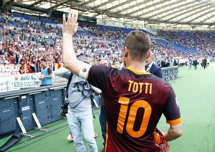 Totti's 250th Serie A goal fails to save Roma