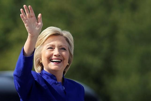 9月26日、現時点で米大統領選が実施された場合、クリントン氏が88%の確率で勝利するとの予想が調査結果で示された。写真はニューヨーク州で21日撮影(2015年 ロイター/Carlos Barria)