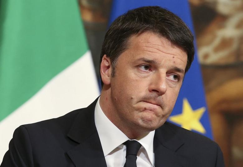 Italian Prime Minister Matteo Renzi speaks during a news conference at Palazzo Chigi in Rome, Italy, March 22, 2016.  REUTERS/Stefano Rellandini/File Photo