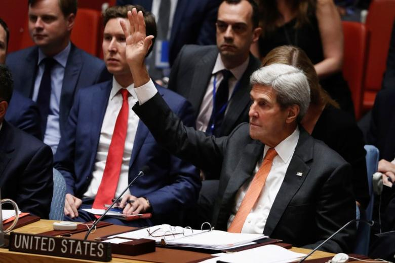 U.S. Secretary of State John Kerry votes in the United Nations Security Council to adopt a resolution on the Comprehensive Nuclear-Test-Ban Treaty, at United Nations Headquarters in New York, U.S., September 23, 2016. REUTERS/Lucas Jackson
