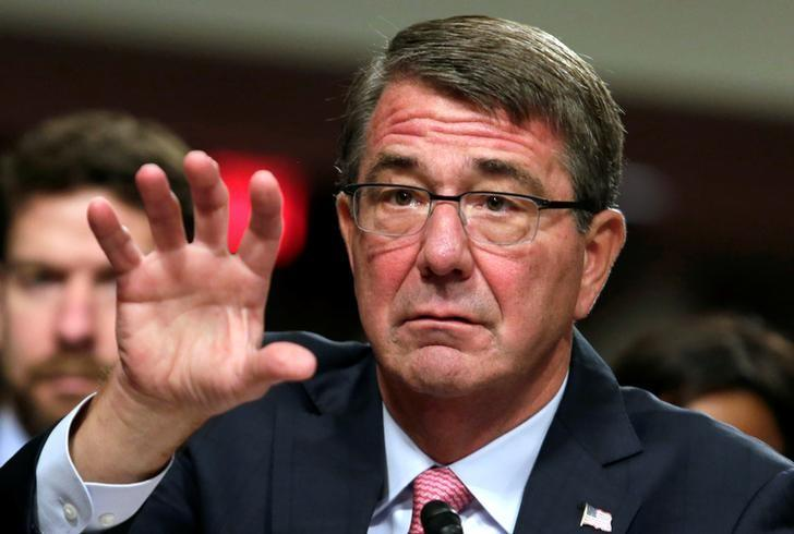 FILE PHOTO --  U.S. Defense Secretary Ash Carter testifies before a Senate Armed Services Committee hearing on National Security Challenges and Ongoing Military Operations on Capitol Hill in Washington, U.S., September 22, 2016. REUTERS/Yuri Gripas/File Photo