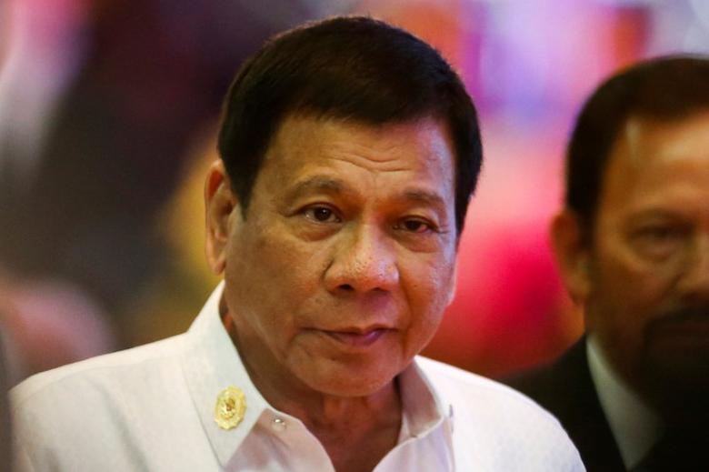 Philippines President Rodrigo Duterte leaves the opening ceremony of the ASEAN Summit in Vientiane, Laos September 6, 2016.  REUTERS/Jorge Silva