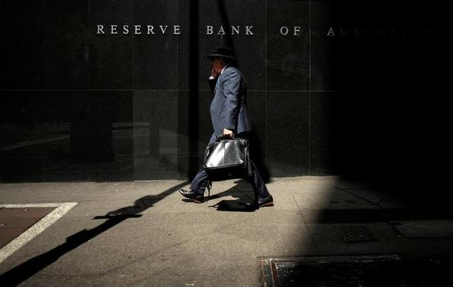 10月4日、オーストラリア準備銀行(RBA、中央銀行)は、政策理事会はきょうの会合で政策金利のキャッシュレートを1.50%に据え置くことを決定したと発表した。シドニー・オーストラリア準備銀行本部で2015年2月撮影(2016年 ロイター/Jason Reed)