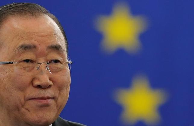 10月5日、ドイツやフランスなどの欧州連合(EU)加盟国は、地球温暖化対策の新たな枠組み「パリ協定」の批准書を前倒しで国連に提出した。これにより批准国の排出量は協定発効に必要な世界の総排出量の55%を超え、発効が決定した。写真は国連の潘基文事務総長。4日撮影(2016年 ロイター/Vincent Kessler)