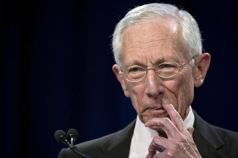 U.S. Federal Reserve Vice Chair Stanley Fischer addresses The Economic Club of New York in New York March 23, 2015. REUTERS/Brendan McDermid