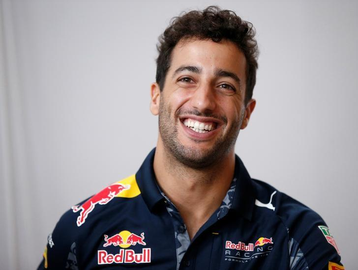 Red Bull Formula One driver Daniel Ricciardo of Australia speaks to the media in Tokyo, Japan ahead of weekend's Japanese F1 Grand Prix, October 5, 2016.  REUTERS/Toru Hanai