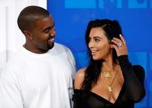 Kim Kardashian e Kanye West chegam para MTV Video Music Awards em Nova York. 28/8/2016. REUTERS/Eduardo Munoz