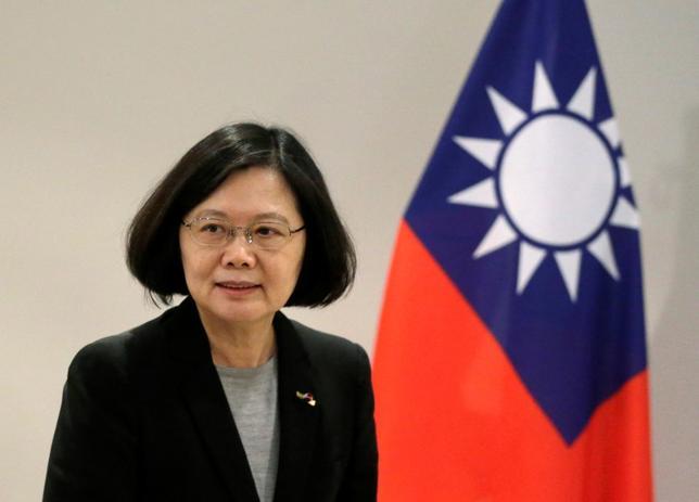 10月7日、台湾の蔡英文総統は、日本との関係強化に向けた取り組みの一環として、漁業や捜索救助など海洋分野での協力に関する協議を同国と開始する方針を示した。写真はパラグアイで6月撮影(2016年 ロイター/Jorge Adorno)