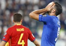 Atacante Graziano Pellè em partida contra Espanha em Turim.      06/10/2016      REUTERS/Stefano Rellandini