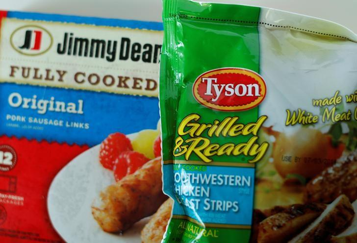 Tyson foods Inc and Hillshire Brands Jimmy Dean sausages are shown in this photo illustration in Encinitas, California May 29,  2014.    REUTERS/Mike Blake/File Photo