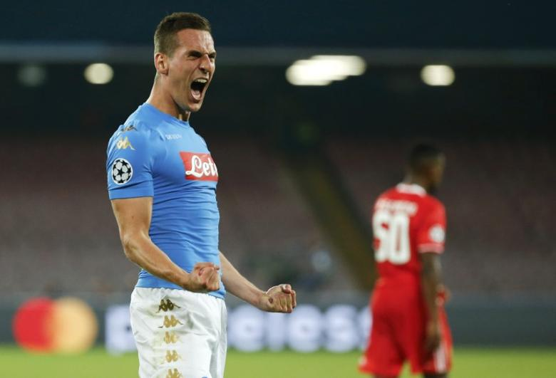 Football - Soccer - Napoli v Benfica - UEFA Champions League Group Stage - Group B - San Paolo Stadium, Naples, Italy - 28/09/2016. Napoli's Arkadiusz Milik celebrates after scoring against Benfica. REUTERS / Ciro De Luca