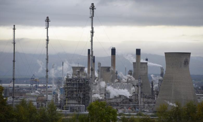 A general view of the Grangemouth oil refinery, at Grangemouth, Scotland October 21, 2013.  REUTERS/Russell Cheyne
