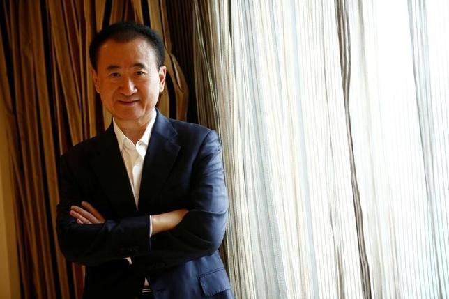 10月13日、中国の「胡潤富豪ランキング」で、大連万達集団の王健林・会長(写真)が個人資産総額321億ドルで今年も首位を維持した。北京で8月撮影(2016年 ロイター/Thomas Peter)