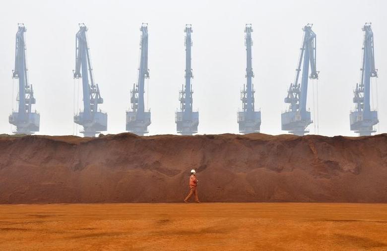 2010年3月29日,天津一处港口进口的澳洲铁矿粉。REUTERS/Vincent Du
