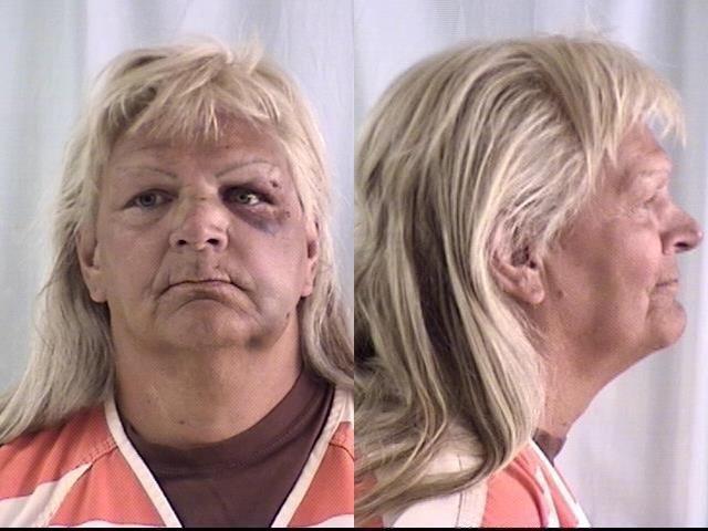 10月12日、仮出所中だったトランスジェンダーのリンダ・パトリシア・トムソン被告(写真)が、刑務所に戻りたいために米ワイオミング州で銀行強盗を働き、6年の刑を言い渡された。Laramie County Sheriff's Department提供(2016年 ロイター)