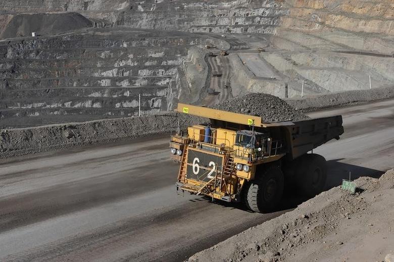 2008年12月30日,澳洲昆士兰州北部,OZ Minerals旗下一座锌矿内运输锌矿石的卡车。REUTERS/OZ Minerals/Handout