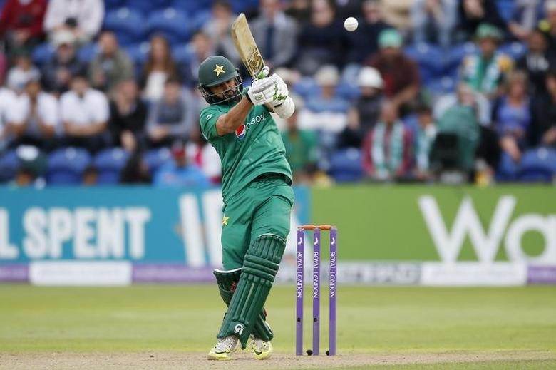 Britain Cricket - England v Pakistan - Fifth One Day International - SSE SWALEC, Cardiff, Wales - 4/9/16Pakistan's Azhar Ali in actionAction Images via Reuters / Paul ChildsLivepic