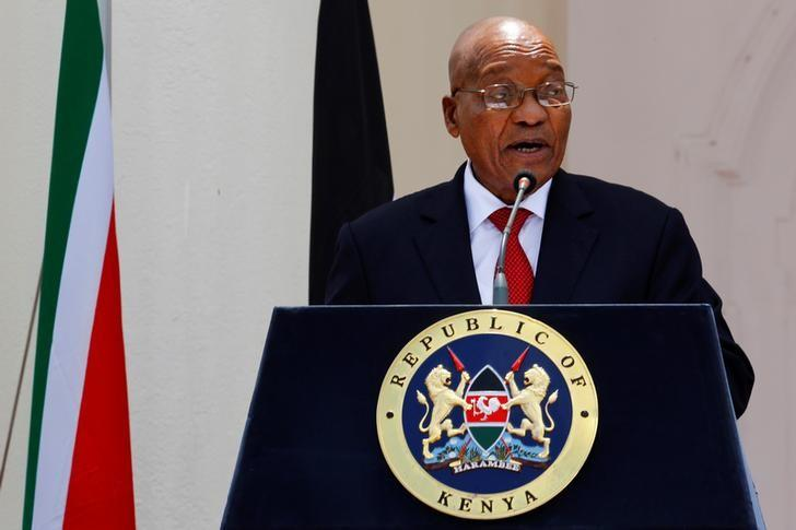 South African president Jacob Zuma addresses members of the media and the respective delegations during a joint news conference with his counterpart, Kenyan president Uhuru Kenyatta, in Nairobi, Kenya, October 11, 2016. REUTERS/Siegfried Modola