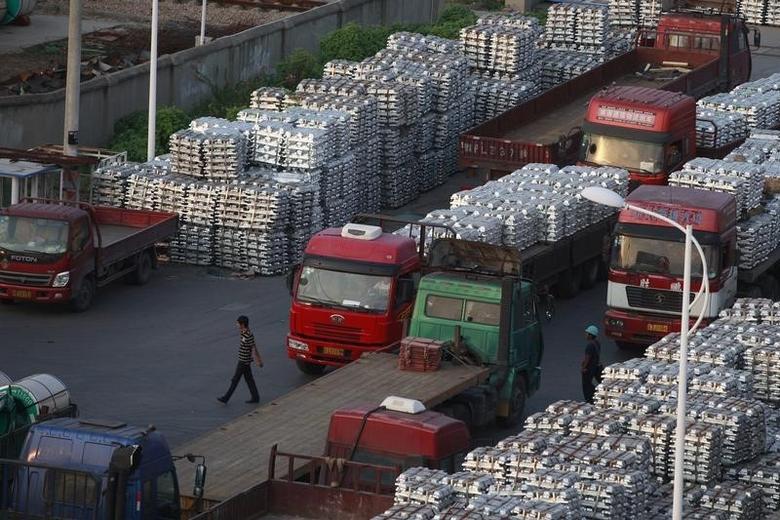 2012年9月26日,江苏无锡一家铝锭仓库。REUTERS/Aly Song