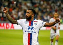 Atacante francês Alexandre Lacazette durante partida da Liga Francesa.   19/08/2016 REUTERS/Robert Pratta/Files
