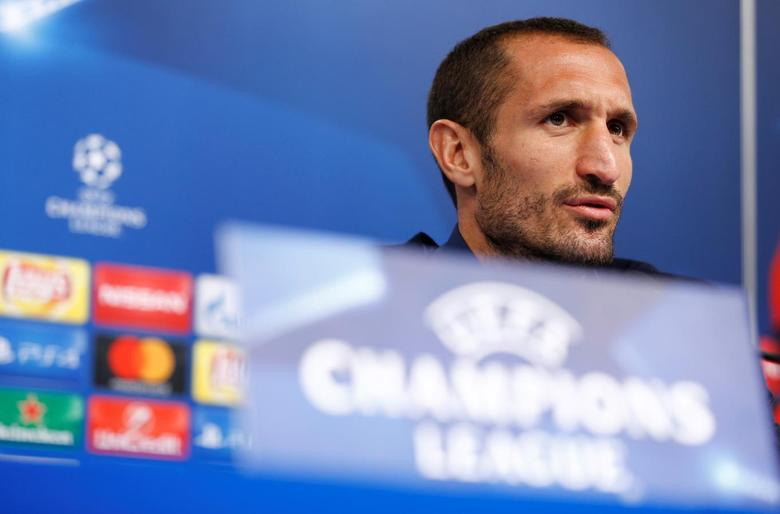 Football Soccer - Juventus Press Conference - Champions League - Maksimir Stadium - Zagreb, Croatia - 26/09/16. Juventus' Giorgio Chiellini attends a press conference. REUTERS/Antonio Bronic