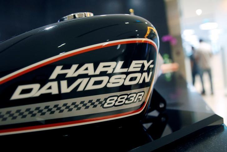 A Harley-Davidson fuel tank is displayed in their head office in Singapore October 13, 2016.  REUTERS/Edgar Su