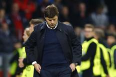 Soccer Football - Bayer Leverkusen v Tottenham Hotspur - UEFA Champions League Group Stage - Group E - BayArena, Leverkusen, Germany - 18/10/16 Tottenham manager Mauricio Pochettino  Reuters / Wolfgang Rattay Livepic