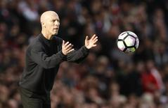 Britain Football Soccer - Arsenal v Swansea City - Premier League - Emirates Stadium - 15/10/16 Swansea City manager Bob Bradley  Action Images via Reuters / John Sibley Livepic