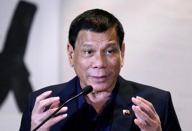 10月20日、フィリピンのドゥテルテ大統領(写真)が米国に対して敵対的発言を強め、中国を歓迎する姿勢を見せるなか、オバマ政権はその対応に苦慮している。北京で19日撮影(2016年 ロイター/Jason Lee)