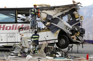 California tour bus crash