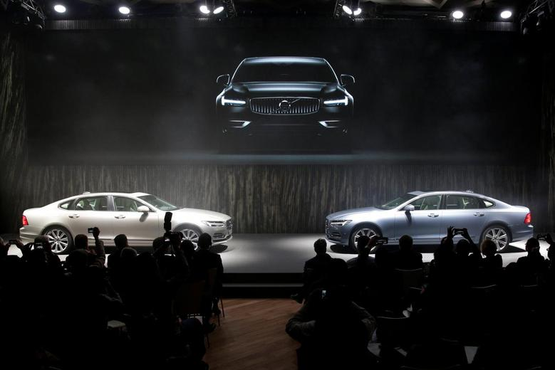 Volvo, Geely to deepen ties, share small car plant | Reuters