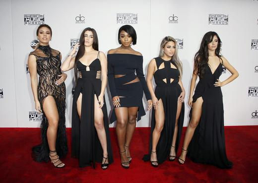 (L-R) recording artists Dinah Jane Hansen, Lauren Jauregui, Normani Hamilton, Ally Brooke and Camila Cabello of musical group Fifth Harmony arrives at the 2016 American Music Awards in Los Angeles, California. REUTERS/DANNY MOLOSHOK