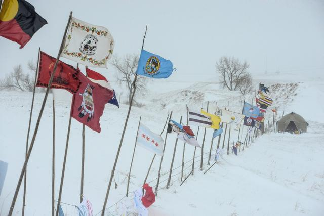 The Oceti Sakowin camp is seen in a snow storm during a protest against plans to pass the Dakota Access pipeline near the Standing Rock Indian Reservation, near Cannon Ball, North Dakota, U.S. November 29, 2016. REUTERS/Stephanie Keith