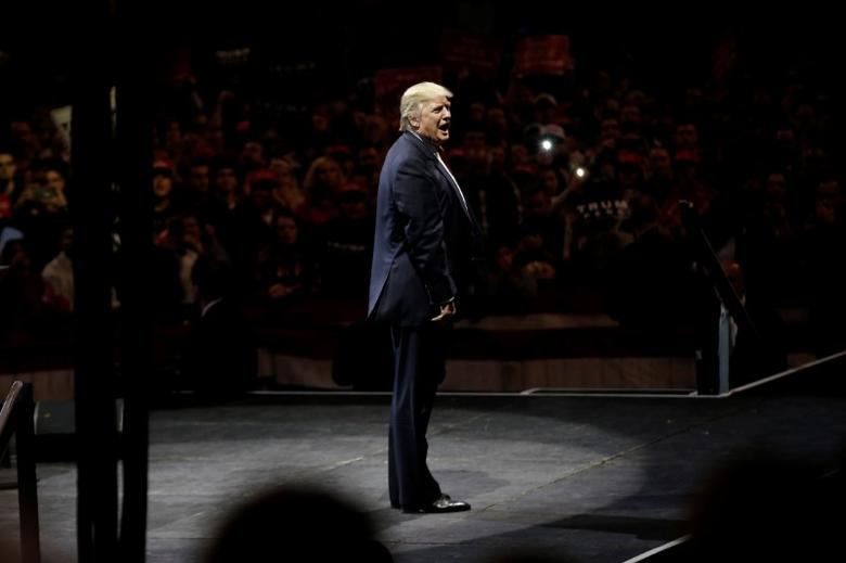 U.S. President-elect Donald Trump appears at a USA Thank You Tour event at U.S. Bank Arena in Cincinnati, Ohio, U.S., December 1, 2016.  REUTERS/Mike Segar