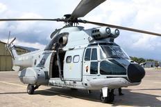 La compagnie pétrolière norvégienne Statoil a fait savoir mardi qu'elle ne reprendrait pas l'utilisation d'hélicoptères H225 Super Puma d'Airbus même si l'autorité de l'aviation civile norvégienne décide de lever l'interdiction de vol décrétée après un accident en avril. /Photo d'archives/REUTERS/Charles Platiau