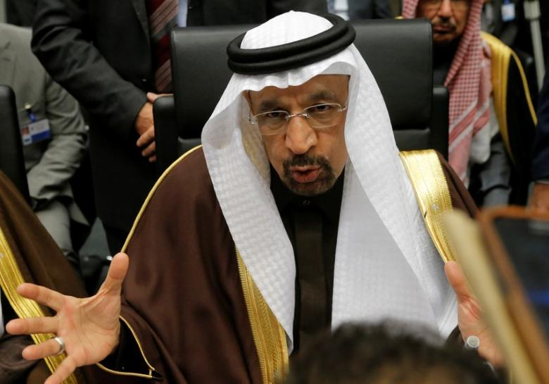Saudi Arabia's Energy Minister Khalid al-Falih talks to journalists during a meeting of the Organization of the Petroleum Exporting Countries (OPEC) in Vienna, Austria, November 30, 2016. REUTERS/Heinz-Peter Bader